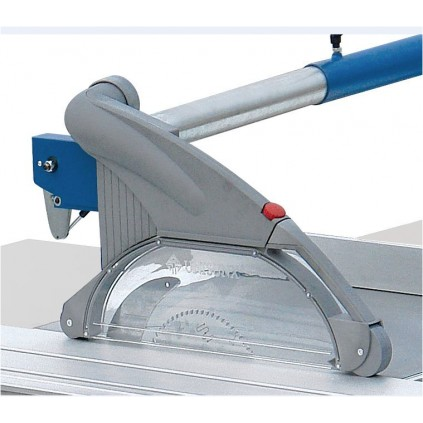 Sagbladbeskyttelse med avsugstuss til juster og kløvsag - Type A