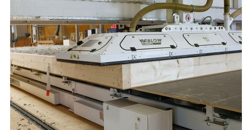 Blåseisolasjon i prefabrikkerte veggelementer med Weinmann